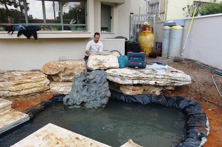 חיבור הסלע אל מערכת המים