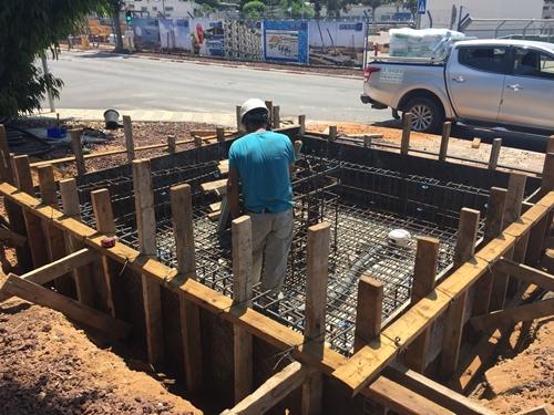 הנחת תשתית ליציקת הבטון לקראת היציקה