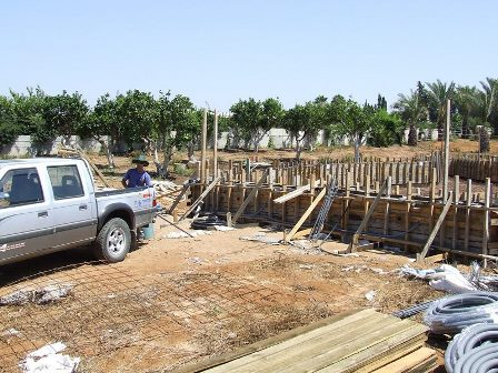 שלב הבנייה לפני יציקה